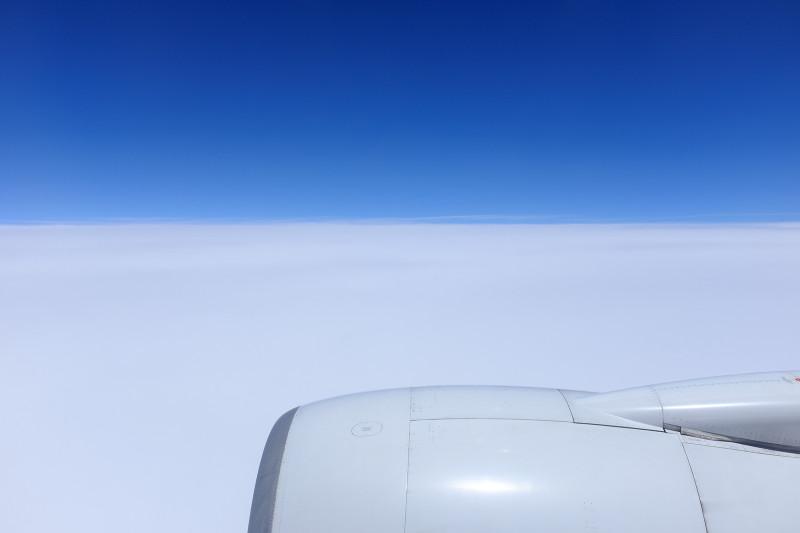 12830m上空に沖縄の空をみつけた