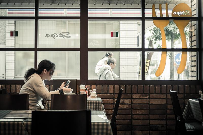 喫茶店でルートを考える