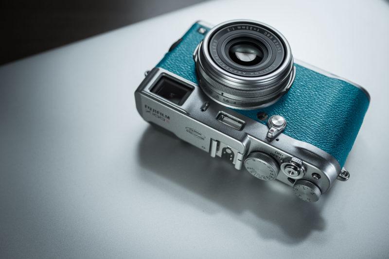 カメラは道具かファッションか