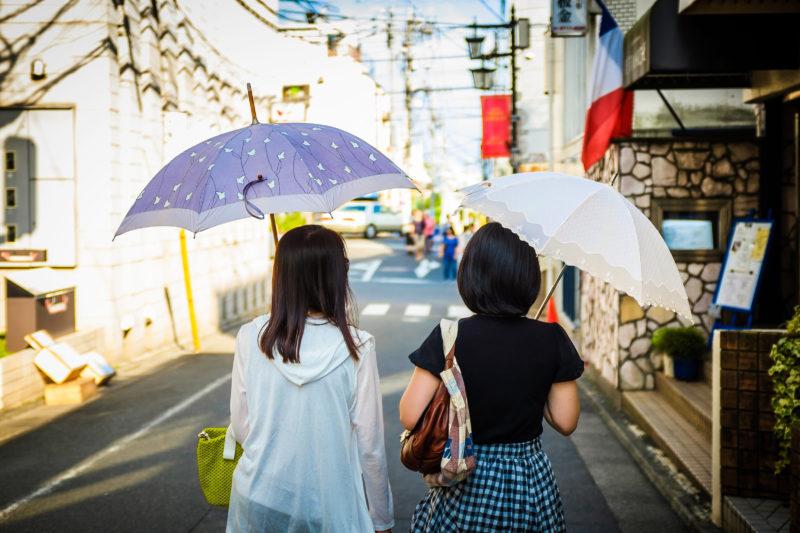 傘を好む国